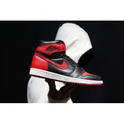 Air-Jordan-1-High-The-Return-Bred-Air-Jordan-1-Bred-Replica-Air-Jordan-1Off-White-AJ1-Bred-Forbidden-to-wear-the-most-known-det