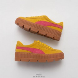PUMA Cleated Clara Lionel Off-White sepi