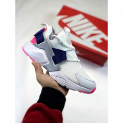 Nike-City-Trainer-Shoes-Nike-Dublin-City-Centre-Nike-Air-Huarache-City-Low-2018-version-of-Wallaces-five-generation-city-functi